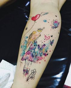 What is a watercolor tattoo and what are the pros and cons of watercolor tattoos? Undoubtedly this style is one of the most spectacular forms of body art. watercolor tattoo Watercolor Tattoos Will Turn Your Body into a Living Canvas - KickAss Things Neue Tattoos, Body Art Tattoos, Small Tattoos, Sleeve Tattoos, Tattoos For Guys, Ink Tattoos, Tattos, Diy Tattoo, Tattoo Fonts