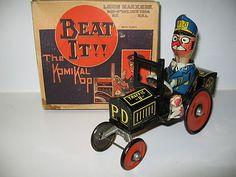 Marx Tin Litho Windup Beat It The Komikal Kop RARE Toy Car w/box