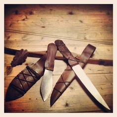 Rangers Apprentice gear, made out of paper, saxknife, throwknife, sheaths, oakleaf. The bow is a toy and I made it older with some paint  more of this ranger's apprentice http://www.pinterest.com/DBfotografie/rangers-apprentice-grijze-jager/
