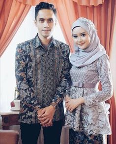 Love this gent-lady combo! Kebaya Modern Hijab, Kebaya Hijab, Kebaya Brokat, Kebaya Muslim, Muslim Dress, Kebaya Peplum, Kebaya Lace, Batik Kebaya, Batik Dress