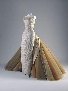haute couture 1950 interesante vestido un reto