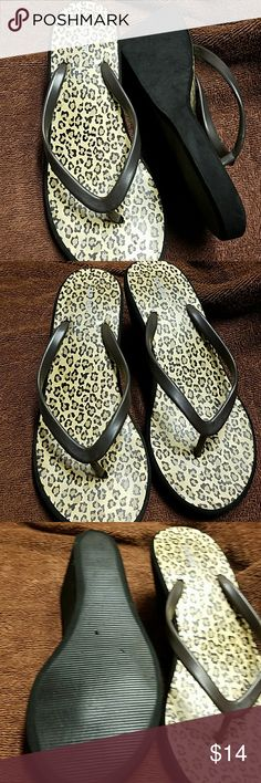 Old navy sandals Leopard sandals gently use. Old Navy Shoes Sandals