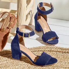 Sandále na podpätku, kožená useň, námornícka modrá   blancheporte.sk #blancheporte #blancheporteSK #blancheporte_sk  #shoes #topanky #kozenaobuv #koze Shoe Closet, Aesthetic Fashion, Platform, Navy, Heels, Passion, Drink, Projects, Outfits