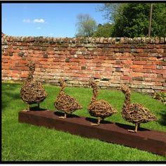 Sculpture Art, Garden Sculpture, Sculptures, Sculpture Ideas, Willow Garden, Willow Weaving, Garden Art, Garden Ideas, Garden Inspiration