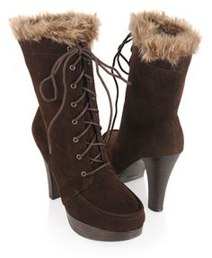 Them boots with the furr..