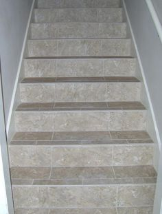 53 Trendy Ideas For Basement Stairs Tile Stairways Tiled Staircase, Staircase Remodel, Staircase Makeover, Floating Staircase, Granite Stairs, Concrete Stairs, Home Stairs Design, Interior Stairs, Stair Design