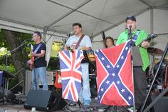"""Zeit zum Feiern 3 Tage Buchenhainer Waldfest im Biergarten an der Isar in München Süd - Am Freitag begeisterten wir Sie beim Waldfest 2014 mit Bluesrock. Ab 18:00 Uhr heizte die Band """"Time Traders"""" so richtig ein"""