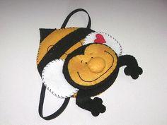 Marca página de abelha [reutilizando cd]