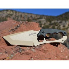 Slysteel Shark Tooth Tactical