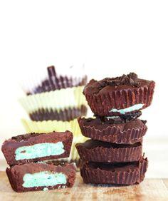Chocolate Mint Oreo Cups    Really nice recipes. Every hour.