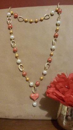 Jewelry Design Earrings, Necklace Designs, Wire Jewelry, Jewelry Crafts, Jewelery, Jewelry Necklaces, Beaded Bracelets, Fall Jewelry, Handmade Pearl Jewelry
