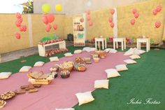 Picnic Party with Lots of Really Cute Ideas via Kara's Party Ideas | KarasPartyIdeas.com #PicnicPartyIdeas #SummerPicnic #PartyIdeas #Suppli...