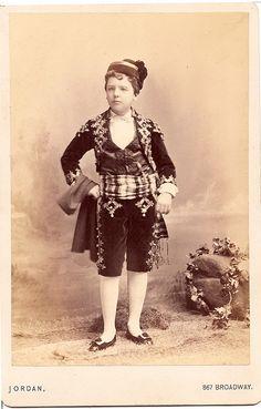 A youngg William Bradhurst Osgood Field the husband of Consuelo Vanderbilt's first cousin Lila Vanderbilt Sloane.