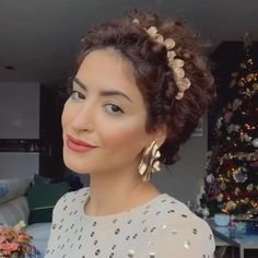 Short Curly Hair Updo, Haircuts For Curly Hair, Curly Hair Tips, Curly Hair Styles, Natural Hair Styles, Colored Curly Hair, Curly Girl Method, Hair Videos, Hair Looks