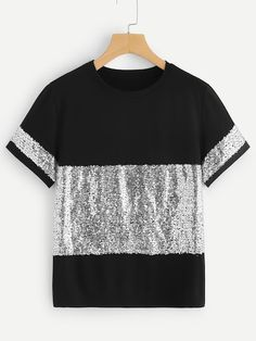 To find out about the Contrast Sequin Tee at SHEIN, part of our latest T-Shirts ready to shop online today! Fashion News, Fashion Outfits, Womens Fashion, Le Polo, Latest T Shirt, Sequin Fabric, Blouse Designs, African Fashion, Ideias Fashion