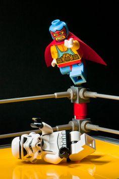 ➰Lego. (I) Storm Trooper vs Mucha Lucha. #lego
