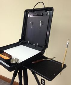Frre Plans For Portable Artist Easel With Storage