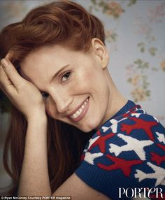 Jessica Chastain is an American Actress and film producer. Jessica Chastain, Actress Jessica, Nicole Kidman, Freckles, Beautiful Actresses, Pretty Face, Celebrity Photos, American Actress, Redheads