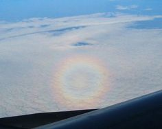 """Circular Rainbow/""""Glory"""", identical to the one I got a shot of while flying to DC last Thanksgiving."""