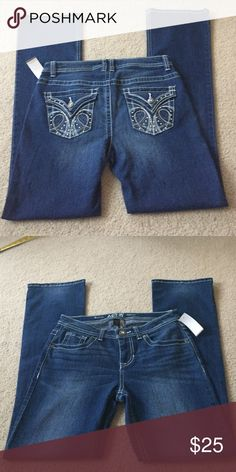 "NWT Pretty Bootcut Jeans New super gorgeous bootcut jeans. 30"" from crutch to bottom or 42"" from waist. Beautiful embellishments on back pockets. Apt. 9 Pants Boot Cut & Flare"