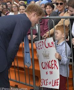 Prince Harry meets a ginger (i.it) submitted by TheDarkIsMyLight to /r/pics 5 comments original Prince Harry meets a ginger (i.it) submitted by TheDarkIsMyLight to /r/pics 5 comments original Memes Humor, Funny Memes, Hilarious, Memes Familia, Kind Photo, Dc Movies, Watch Movies, Diana Spencer, Prince Harry And Meghan