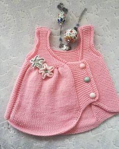 The most stylish 63 different vest knitting models - Be Die stilvollsten 63 verschiedenen Weste Strickmodelle – Bebek yelek … The most stylish 63 different vest knitting models – Bebek yelek baby things instructions - Diy Crafts Knitting, Knitting For Kids, Easy Knitting, Baby Knitting Patterns, Diy Crafts Dress, Vestidos Bebe Crochet, Knit Vest Pattern, Knitted Romper, Crochet Poncho