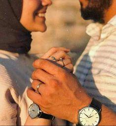 Couple Musulman, Cute Love Couple, Photo Couple, Couple Goals, Beautiful Couple, Wedding Hijab Styles, Hijab Wedding Dresses, Bridal Hijab, Hijab Bride