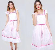 Vintage 70s EYELET Lace Dress White PRAIRIE Dress Babydoll Sun Dress Midi Dress Hippie Dress