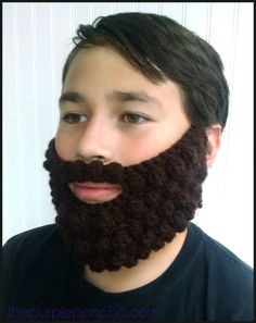 Bobble Beard - The Purple Poncho My whole family really enjoyed this crochet bobble beard, and it's such a fun project! This was a custom request and when I got it made up, my son wanted one too! Here he is modeling his brown beard. Crochet Beard Hat, Knitted Beard, Crochet Beanie, Crochet Hats, Crochet Clothes, Crochet Braids, Easy Crochet, Free Crochet, Baby Beard Hat