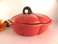 Pumpkin Pie Dish Orange Ceramic Baking Pan Covered Casserole Fall Thanksgiving Entertaining Serving Dish Vintage Kitchen Dining Tableware