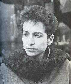This is a blog about Bob Dylan among other things — bobdillpickle:   New favorite picture of Bob Dylan