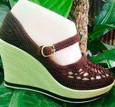 zapatillas de plataforma tejidas a crochet - Pesquisa Google