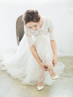 When you pair your already picture-perfect love with beautiful fine art style documentary, your wedding pictures are simply priceless! Bridesmaid Skirt And Top, Photography Poses, Wedding Photography, Stunning View, Beautiful, Perfect Love, Bridesmaids And Groomsmen, Wedding Pictures, Fashion Art