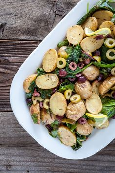 Warm Lemony Olive Potato Salad by keepinitkind: Great for summer potlucks! Potato Recipes, Veggie Recipes, Salad Recipes, Vegetarian Recipes, Cooking Recipes, Healthy Recipes, Cookbook Recipes, Soup And Salad, Potato Salad