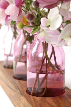 Pink bud vases / via Etsy