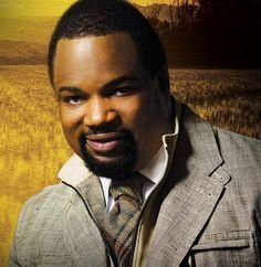 Brooklyn's Finest Gospel Artist - Hezekiah Walker