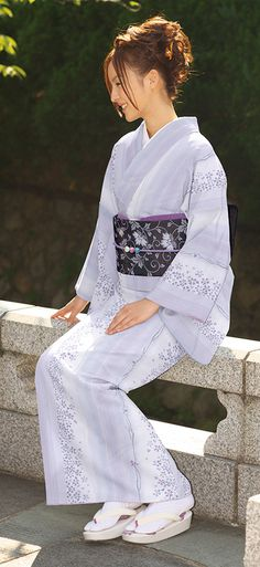 """Kimono """"Ohshima-Tsumugi"""" - 'Maya purple'"""