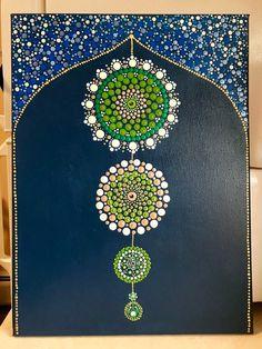 Painting all in dots. Finish touch with krylon UV resistant clear acrylic coating. Mandala Art, Mandala Canvas, Mandala Rocks, Mandala Painting, Dot Art Painting, Stone Painting, Golden Retriever Art, Rhinestone Art, Madhubani Painting