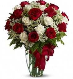 Order Love's Divine Bouquet - Long Stemmed Roses from Pearson Florist, LLC, your local florist. Send Love's Divine Bouquet - Long Stemmed Roses valentine for fresh and fast flower delivery throughout MN area. Red And White Roses, Red Roses, White Flowers, Fresh Flowers, Beautiful Flowers, Send Flowers, Flowers Today, Anniversary Flowers, Bloom