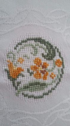 123 Cross Stitch, Cross Stitch Heart, Cross Stitch Borders, Cross Stitch Flowers, Cross Stitch Embroidery, Hand Embroidery, Cross Stitch Patterns, Crochet Border Patterns, Baby Knitting Patterns