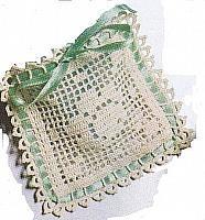 bomboniera sacchetto uncinetto quadrato (1)