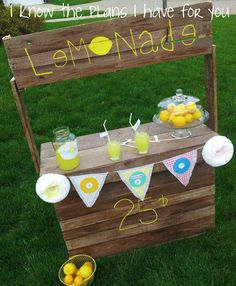 I Know The Plans I Have For You: Round 3!! Pallet Lemonade Stand...