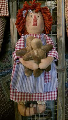 Doll Toys, Baby Dolls, Primitive Doll Patterns, Homemade Dolls, Ann Doll, Raggedy Ann And Andy, Doll Quilt, Love Sewing, Fabric Dolls