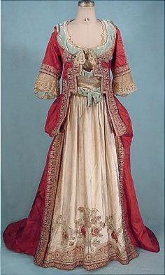 Evening gown (possibly fancy dress costume? It looks a little 18th century to me...), Jeanne Paquin, c.1910