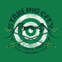 """Bullseye"" by DoOomcat Starling City Archery Club Inspired by the comic/show Green Arrow Arrow Cw, Team Arrow, Heroes Gym, Archery Shirts, Archery Logo, Archery Club, Arrow T Shirt, Club Shirts, Dc Legends Of Tomorrow"