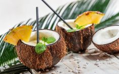 By combining the flavors of pineapple and coconut, you can enjoy the delightful experience of a piña colada. Use pineapple-flavored water kefir that has been carbonated to perfection, and you get a sweet, tasty, and probiotic-rich punch. Coconut Cups, Coconut Water, Kefir Recipes, Paleo Recipes, Cheap Party Food, Luau Food, Coconut Benefits, Water Kefir, Exotic Fruit
