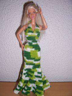 Maria Del Valle uploaded this image to 'barbie crochet'. See the album on Photobucket.