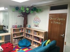 Reading corner Bookcase, Corner, Shelves, Display, Reading, Home Decor, Floor Space, Shelving, Decoration Home
