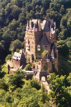 German castle Berg Eltz