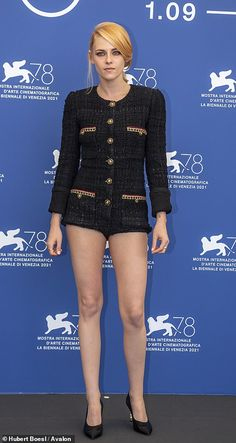 International Film Festival, Kristen Stewart, Playsuit, Put On, Venice, Tweed, Thighs, Rompers, Actresses